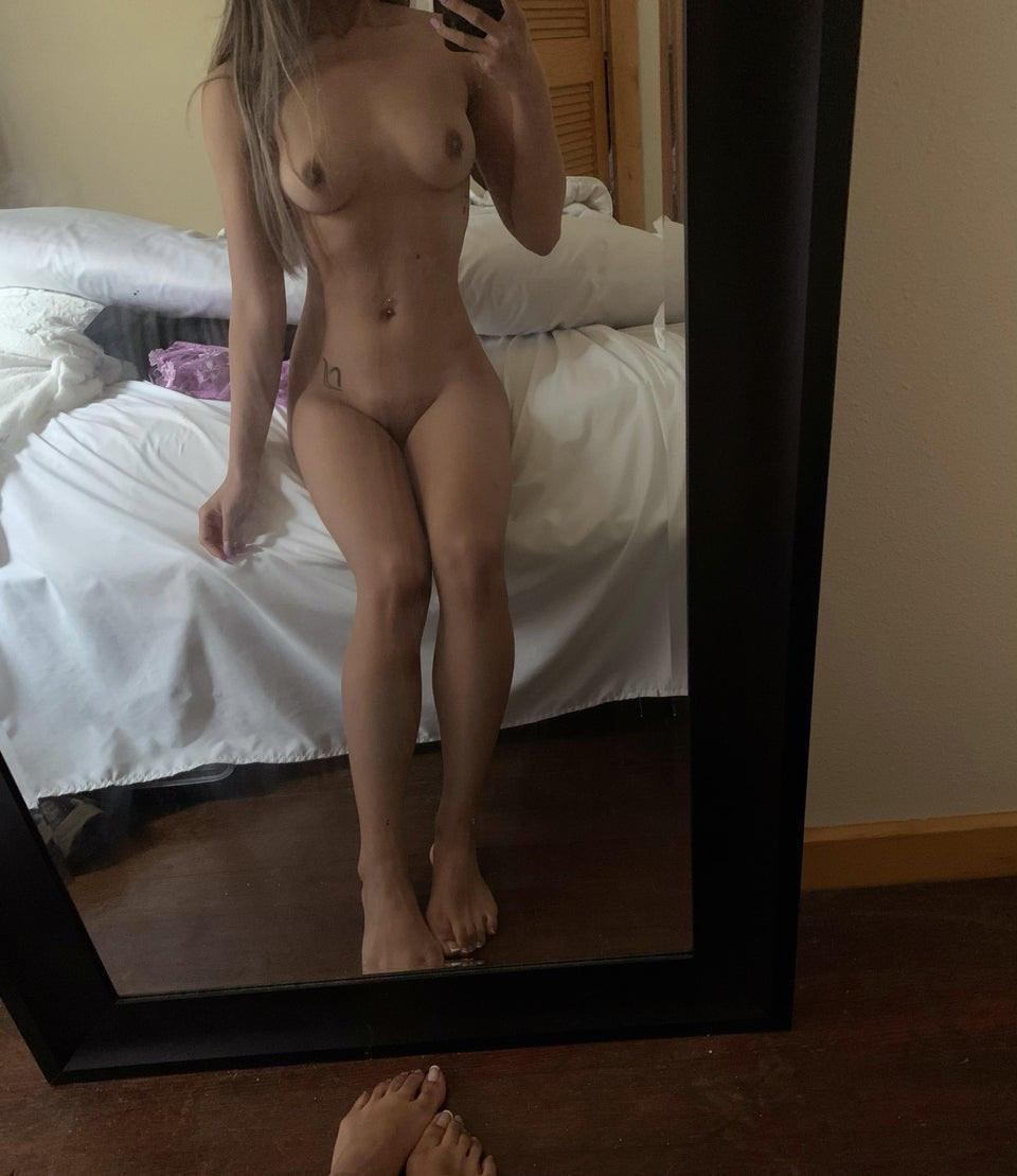 can't think of a caption. here's my naked body